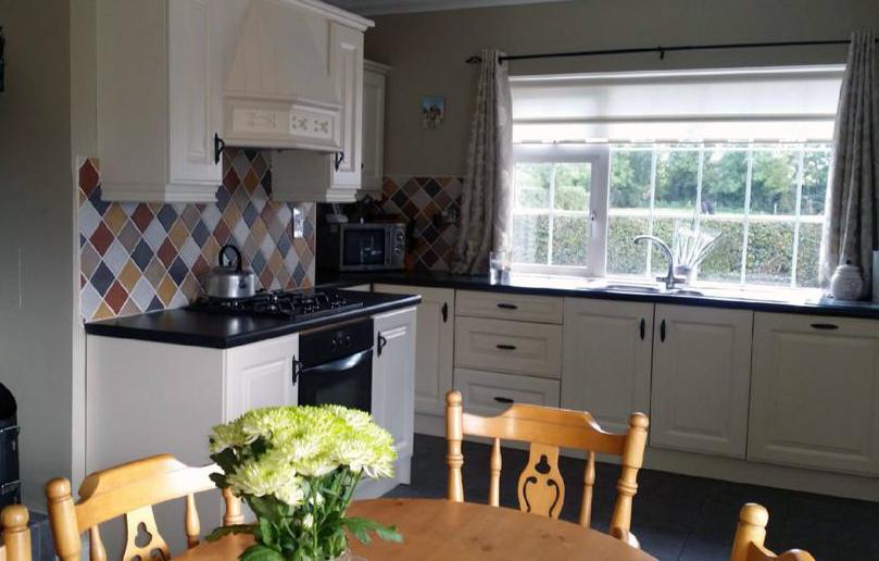 Brennan-Furniture-Professional - Kitchen Respraying