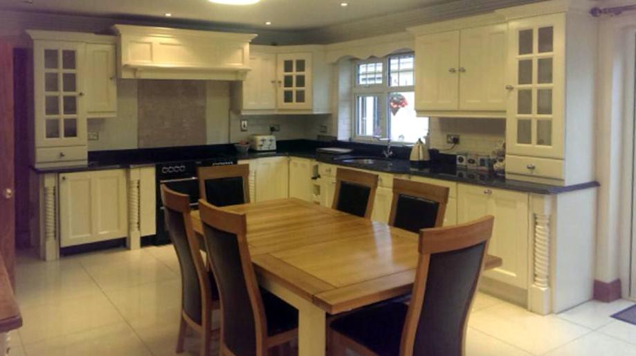 Brennan-Furniture-Professional - Kitchen Respraying Repaint Refresh Renew